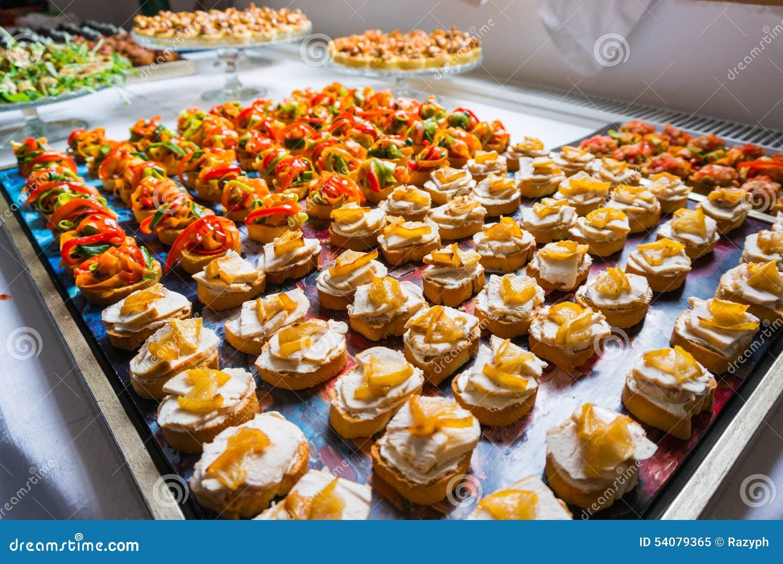 De specialiteiten van het cateringsvoedsel