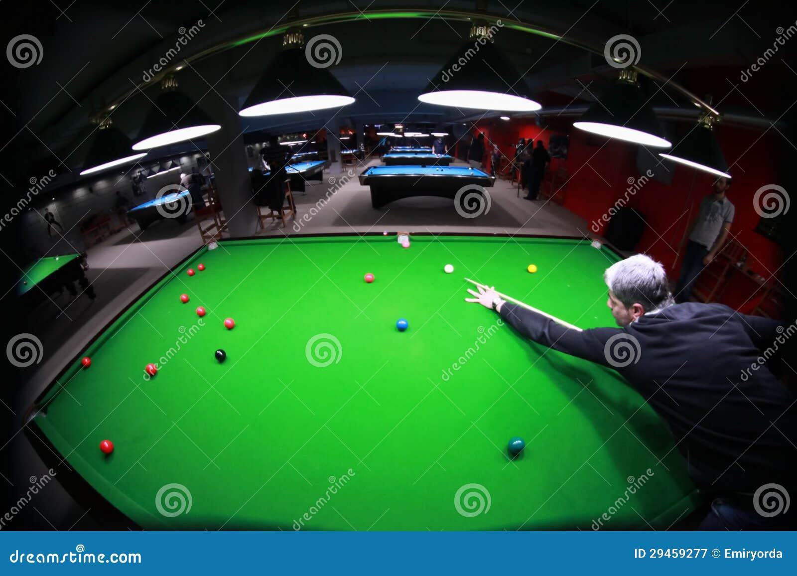 De speler van de snooker