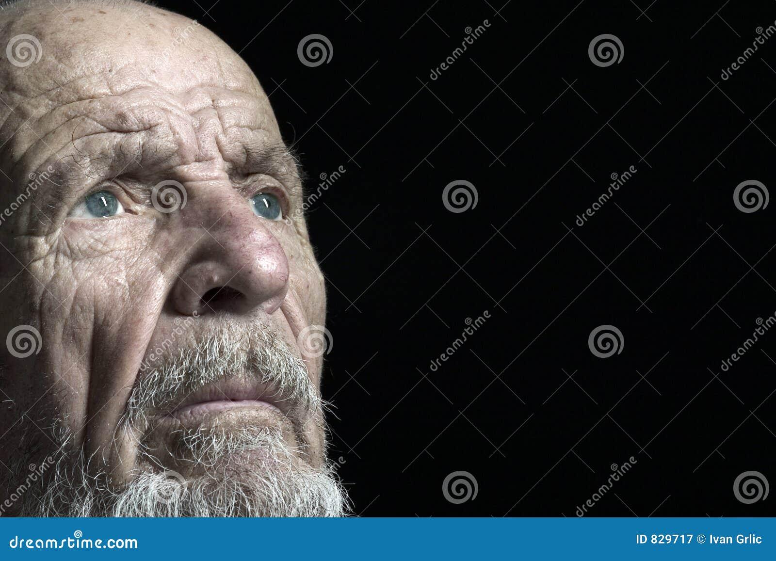 De spruit van het gezicht van oudste 2