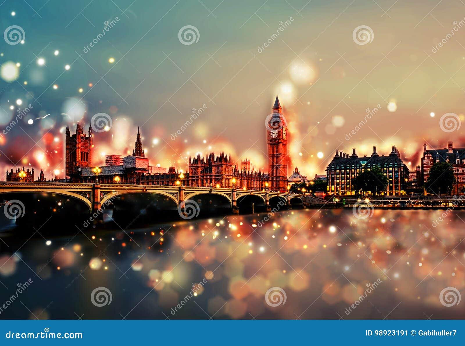 De stad van Londen  s nachts - Torenbrug, Big Ben, Zonsondergang - Bokeh, Lens flakkert, Cameraonduidelijk beeld