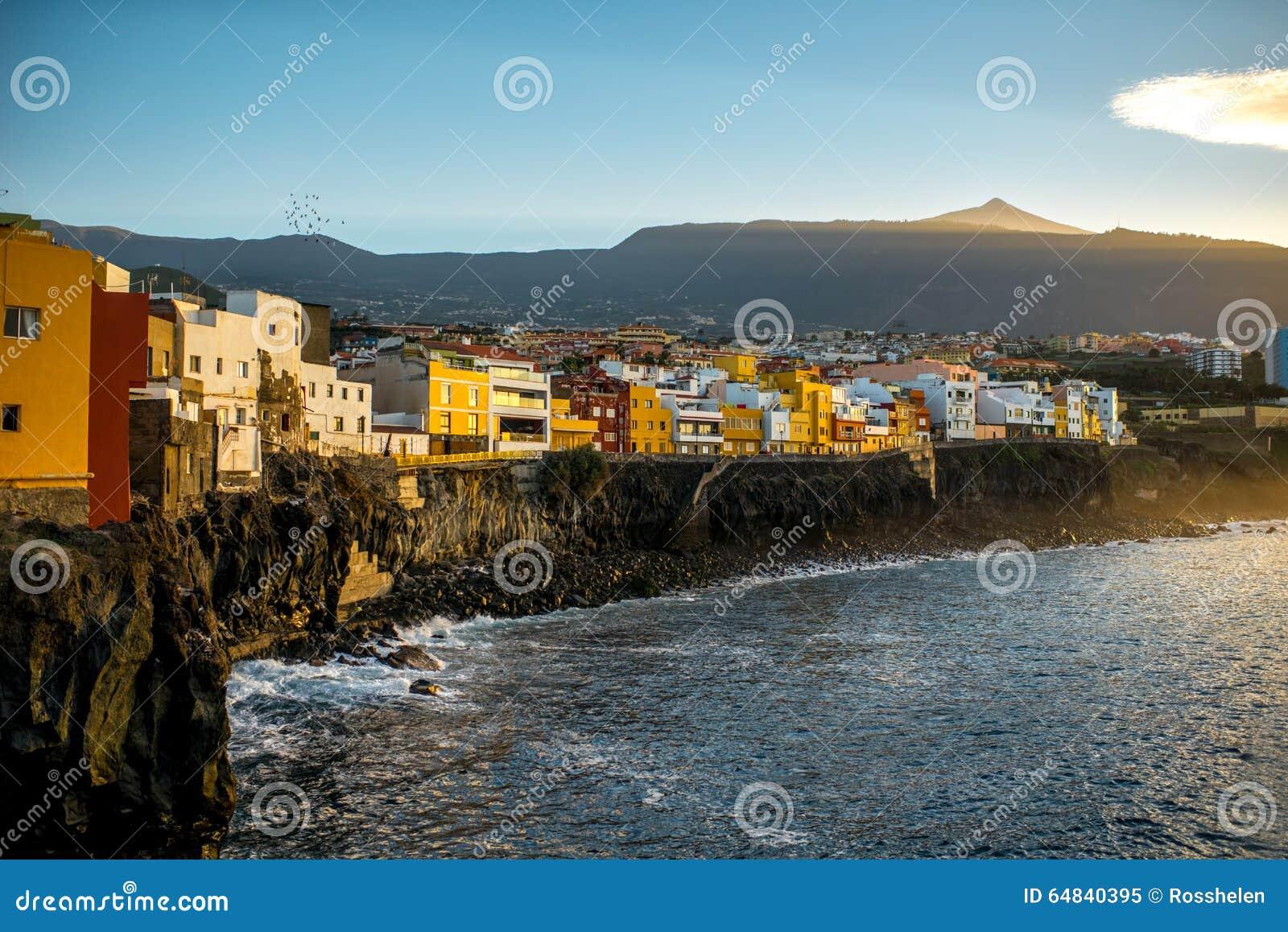 De stad van Puntabrava op het eiland van Tenerife