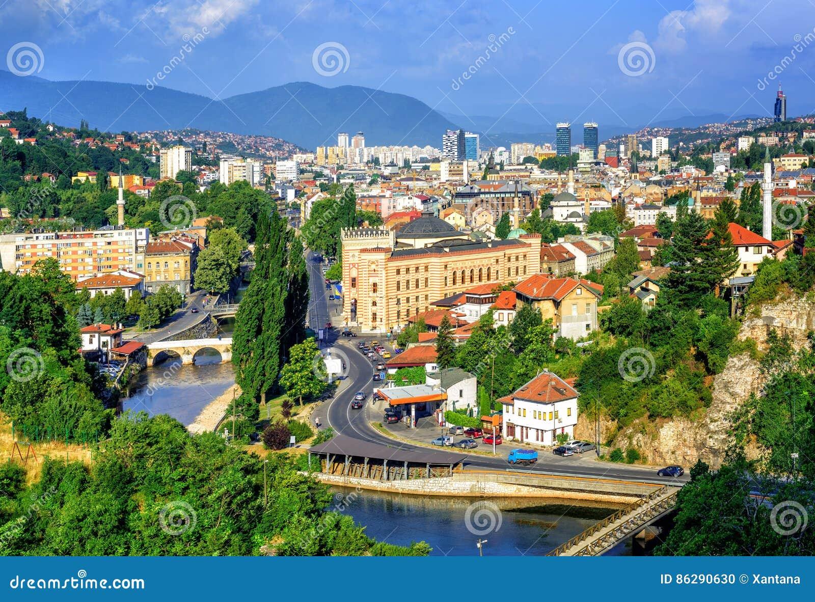 De stad van Sarajevo, hoofdstad van Bosnië-Herzegovina