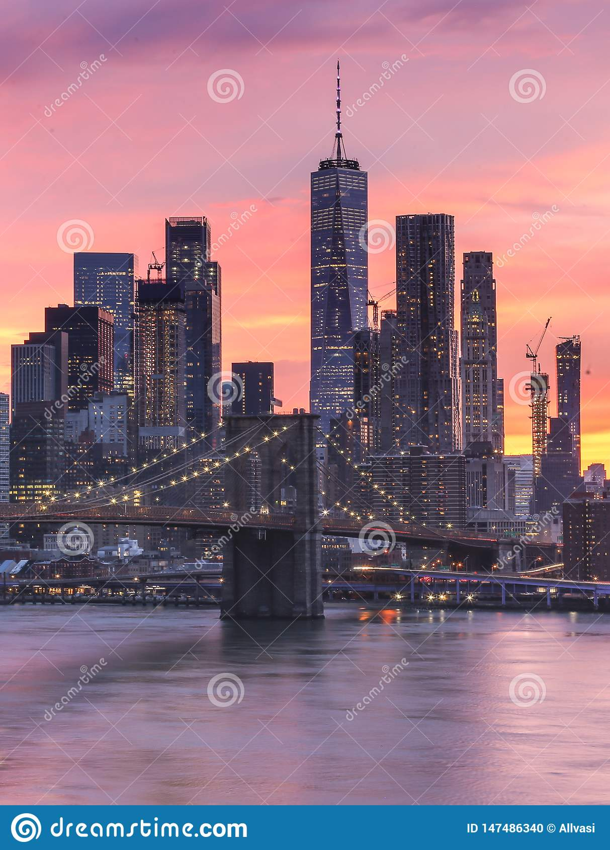 De Stads roze zonsondergang van New York