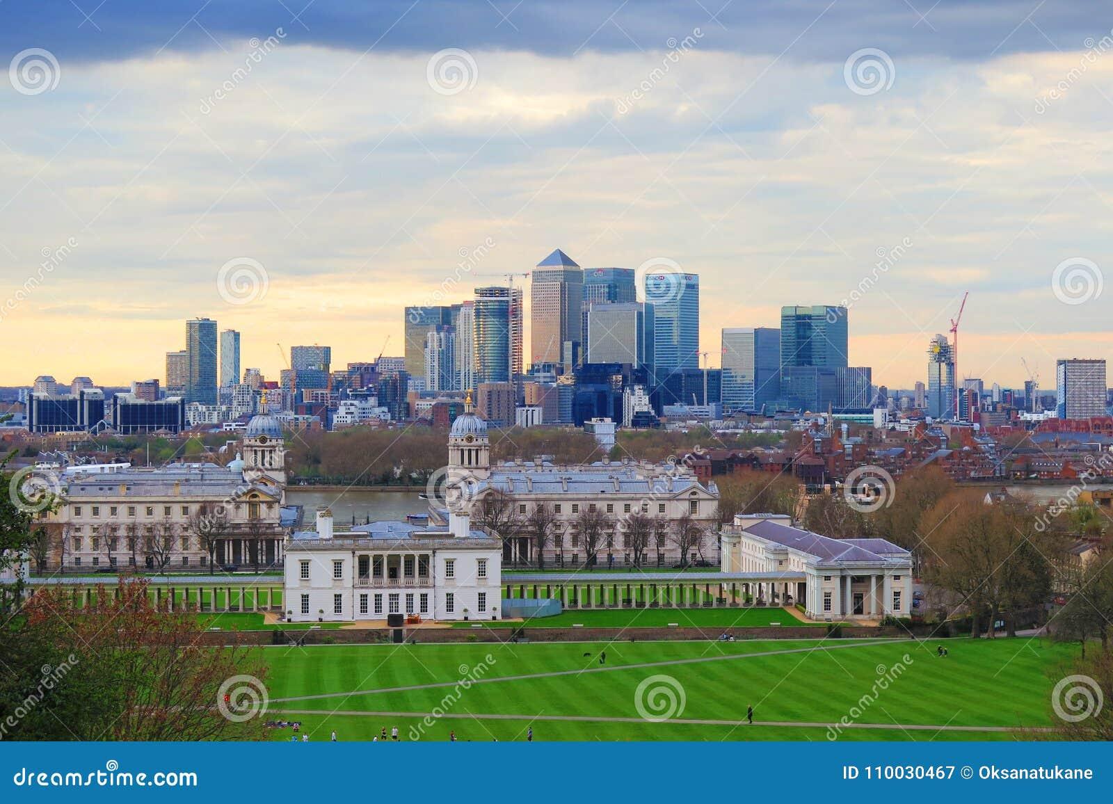 De stadsmening van Londen bij commerciële centrumkanarie Warth en Greenwich