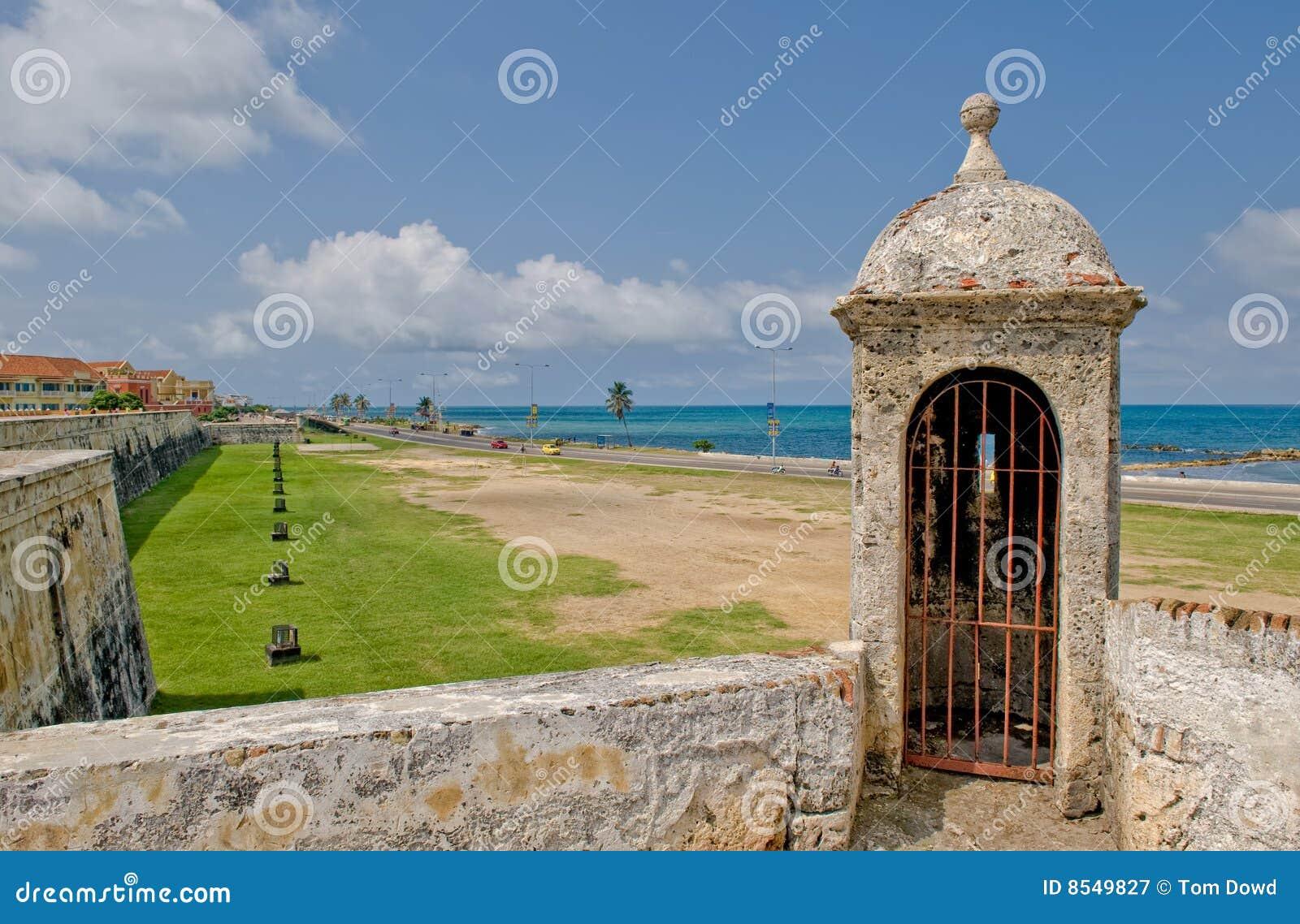 De stadsmuren van Caragena