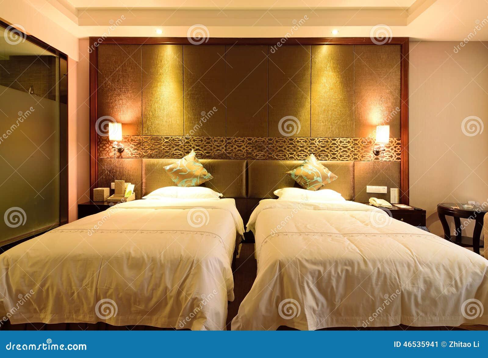 De standaard dubbele ruimte in een hotel