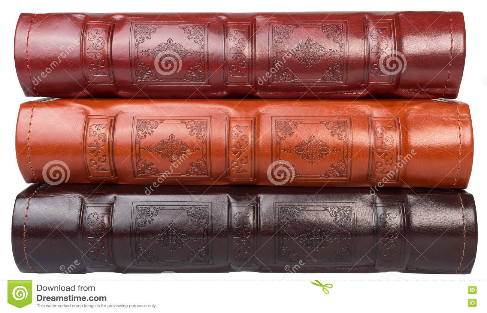 De stapel van drie fotoboeken op witte backround