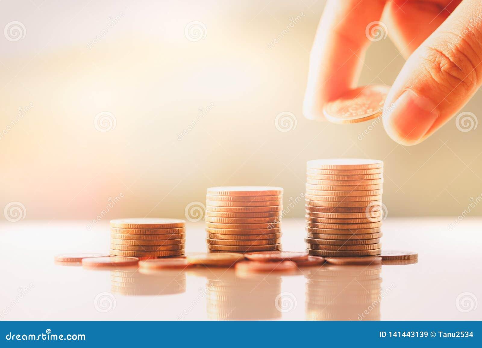 De stapel van geldmuntstukken
