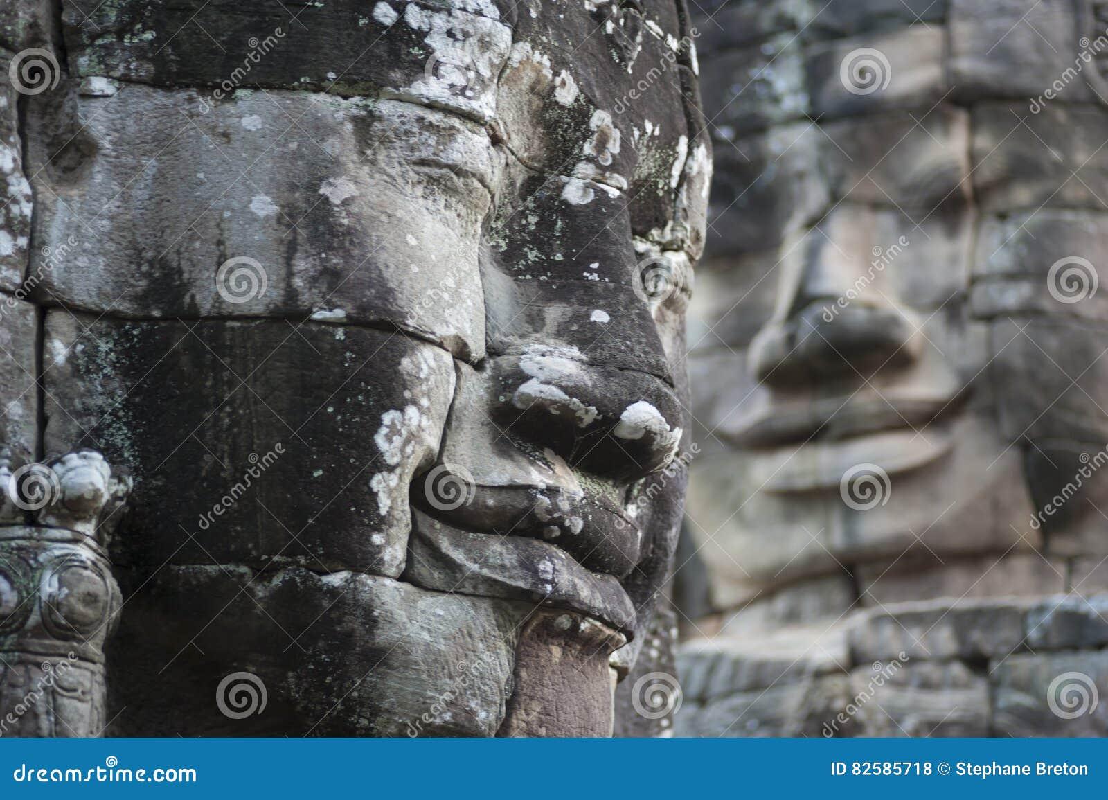 De Steengezichten van Boedha bij Bayon-Tempel