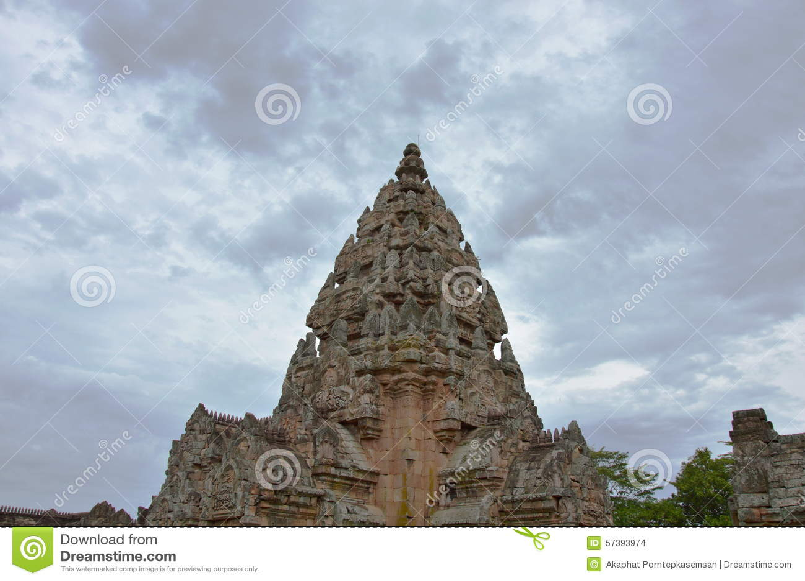 De steenkasteel van de Phanomsport in Thailand