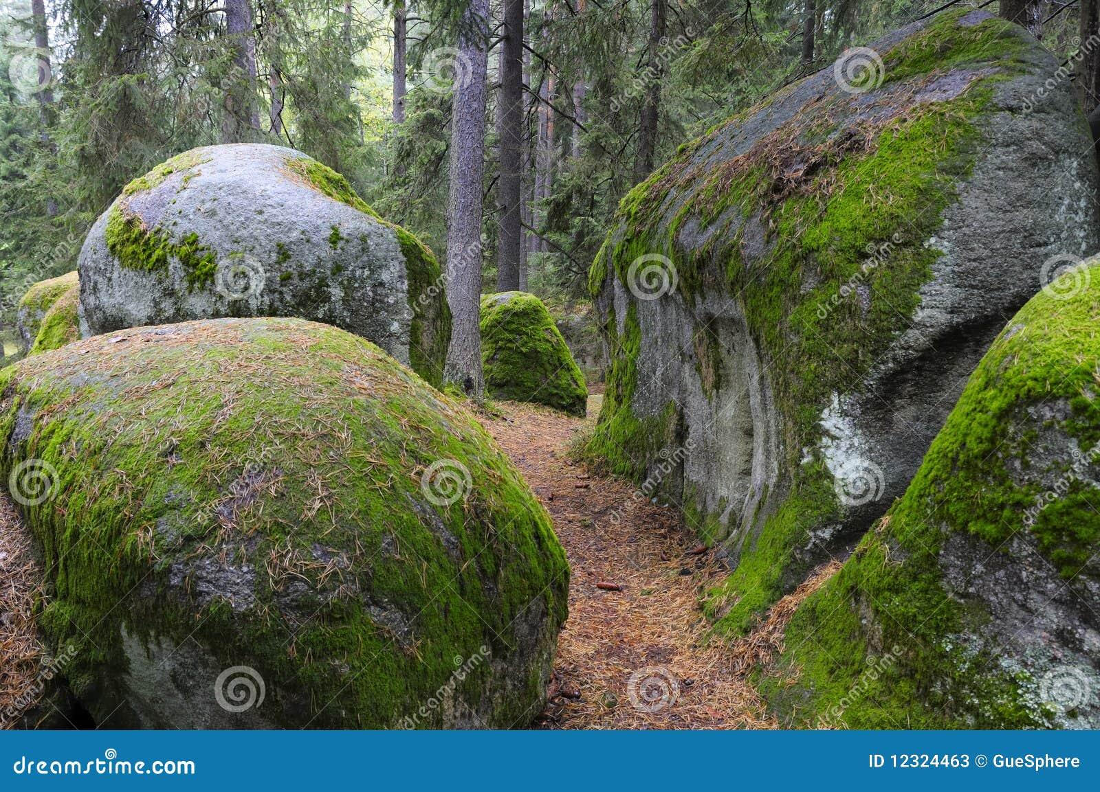 De Stenen van de mysticus in Waldviertel