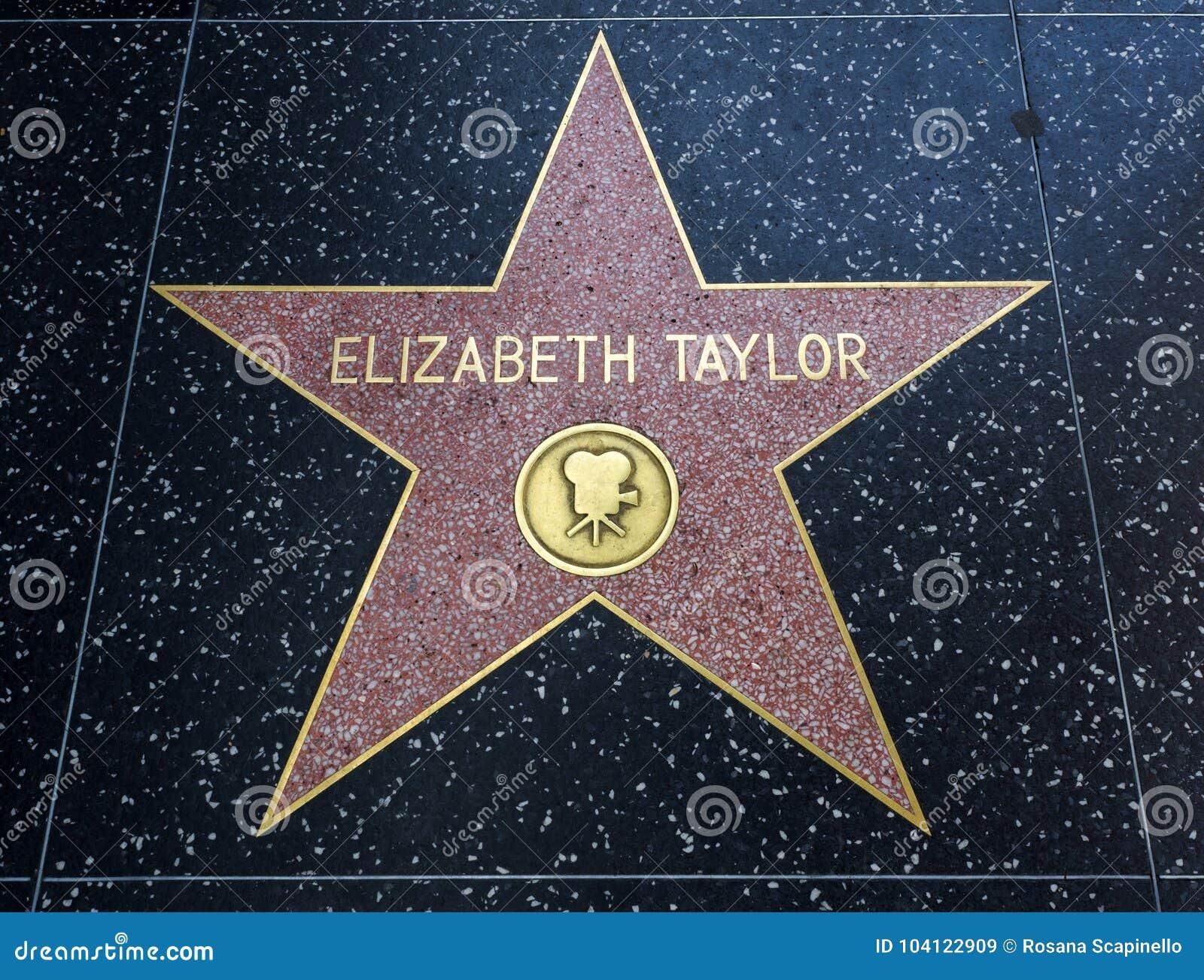 De Ster van Elizabeth Taylor ` s, Hollywood-Gang van Bekendheid - 11 Augustus, 2017 - Hollywood-Boulevard, Los Angeles, Californi