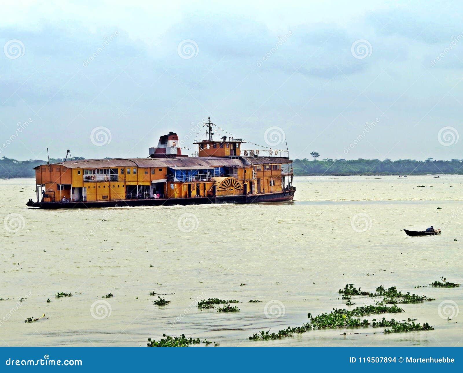 De stoomboot van de raketpeddel, Buriganga-Rivier, Bangladesh