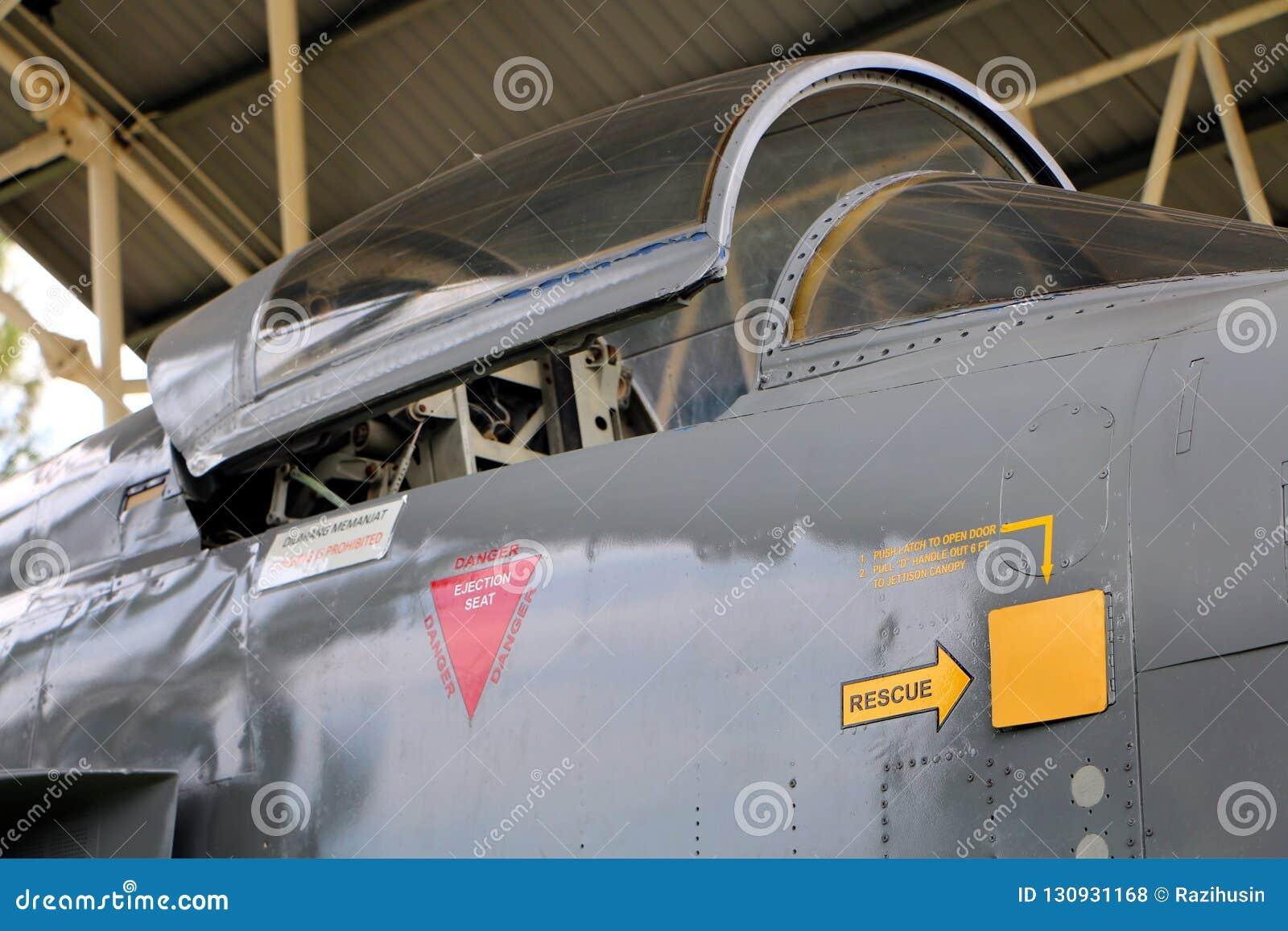 De straal van Northrop Grumman F-5E op vertoning bij onderzees museum in Klebang De vechter F-5E