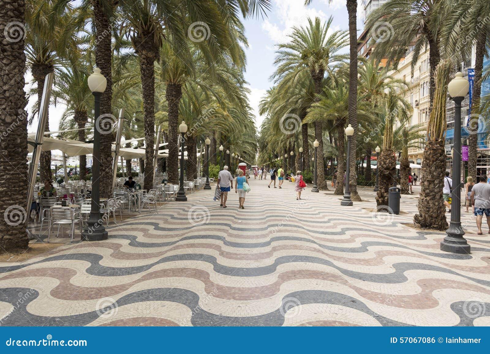 De straat van Alicante