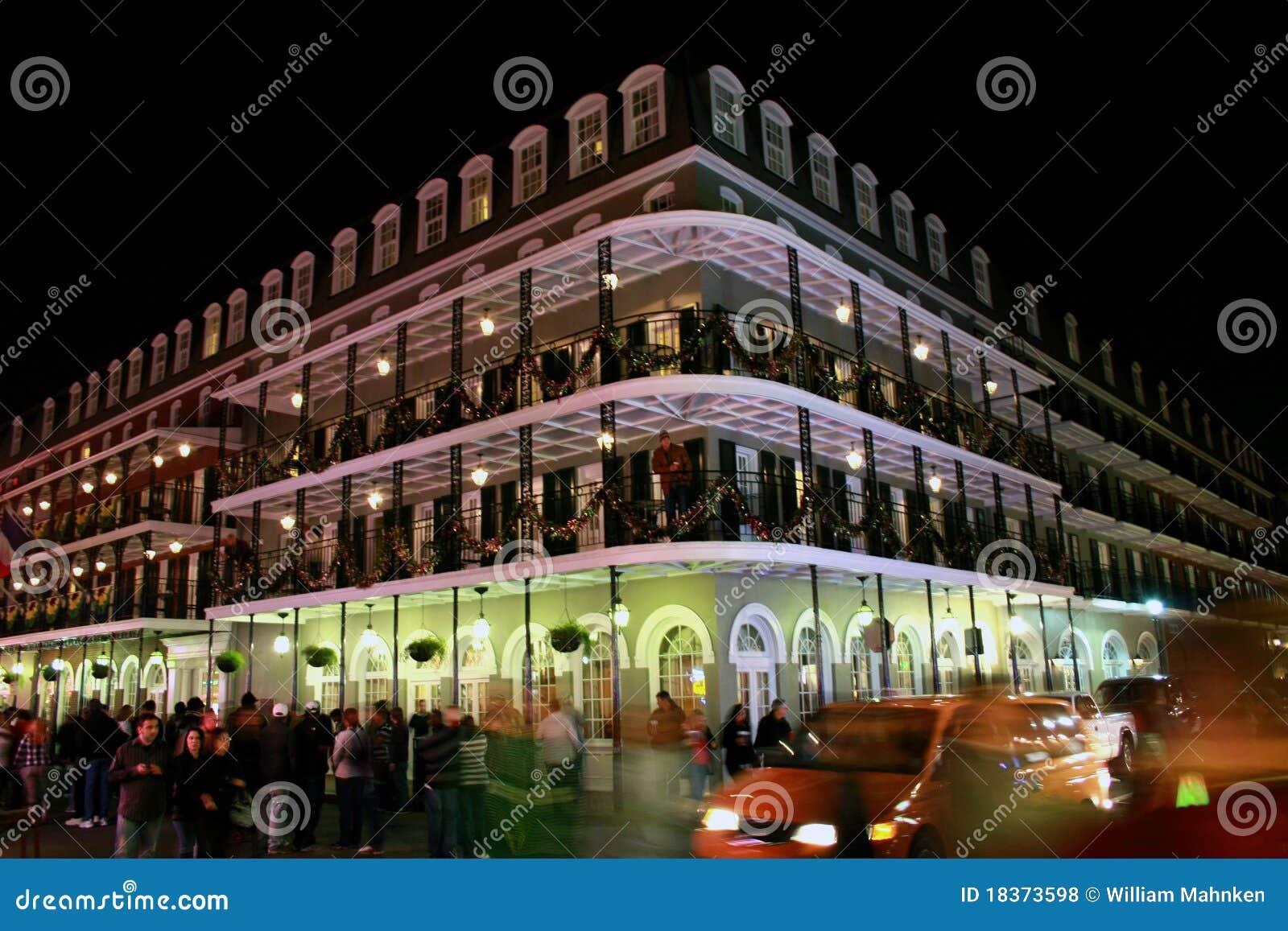 De Straat van de bourbon, New Orleans bij nacht