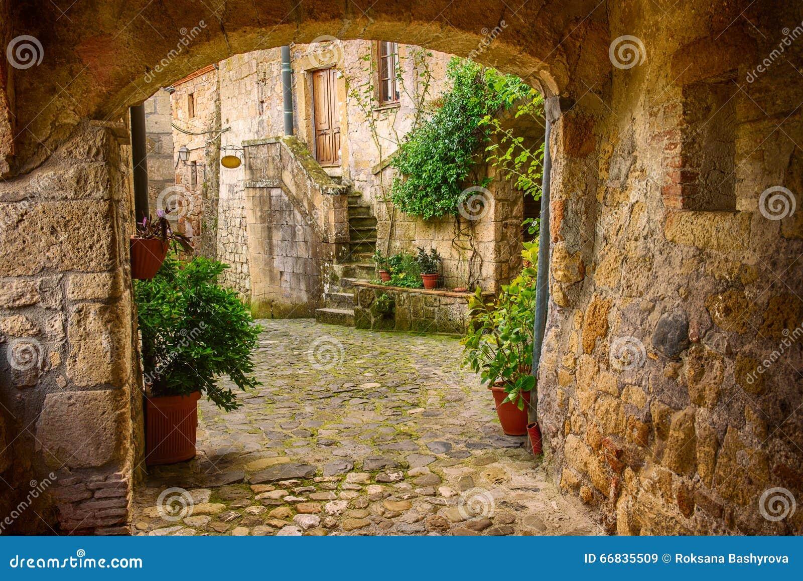 De straat van de Soranostad