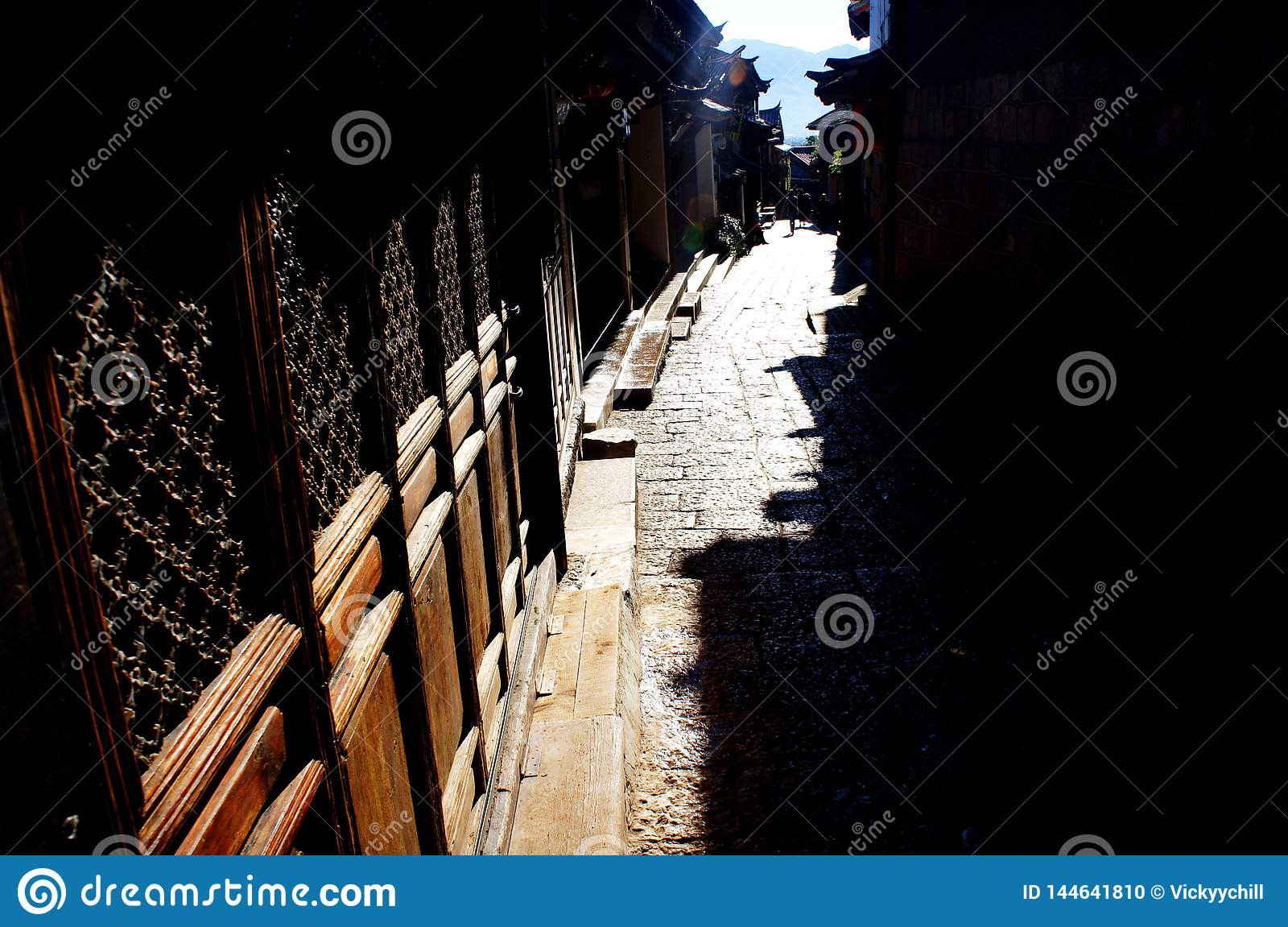 De straat van Shizishan in Lijiang van China