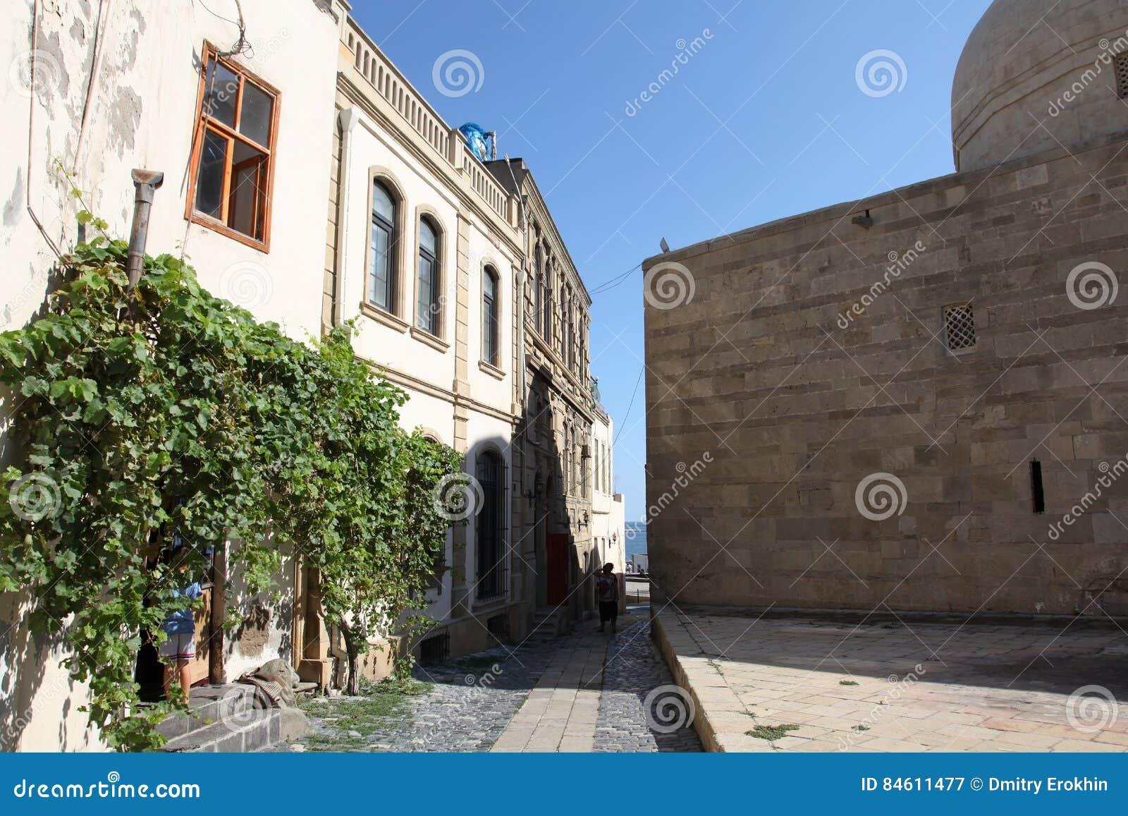 De straten van Oude stad, Icheri Sheher is de historische kern van Baku, Azerbeidzjan