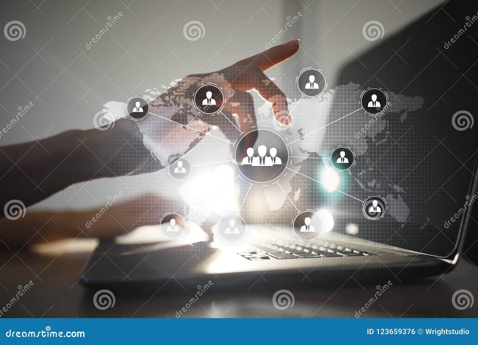 De structuur van de mensenorganisatie U Personeel en rekrutering Mededeling en Internet-technologie