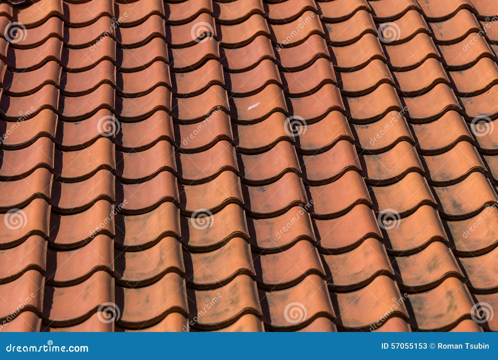 De tegelpatroon van het dak