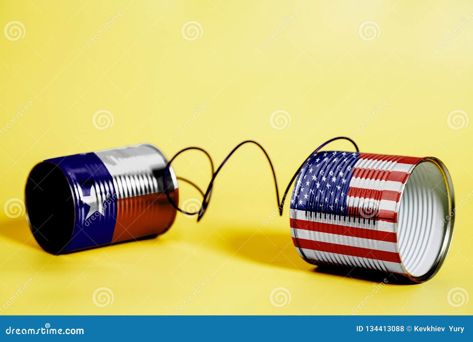 De telefoon van het tinblik met U van de V.S. en van Texas S De vlaggen van de staat Communicatie concept