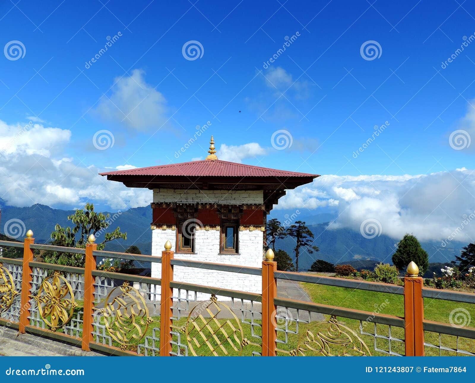 De tempel van Drukwangyal bij Dochula-Pas, Bhutan