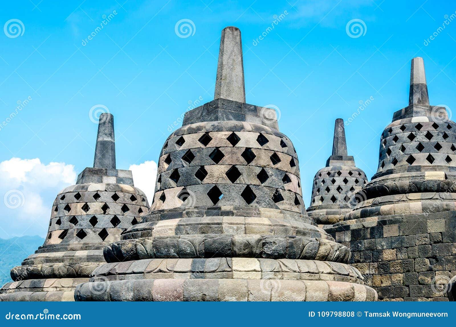 De Tempel van erfenisbuddist Borobudur, Centraal Java, Yogyakarta, Indo