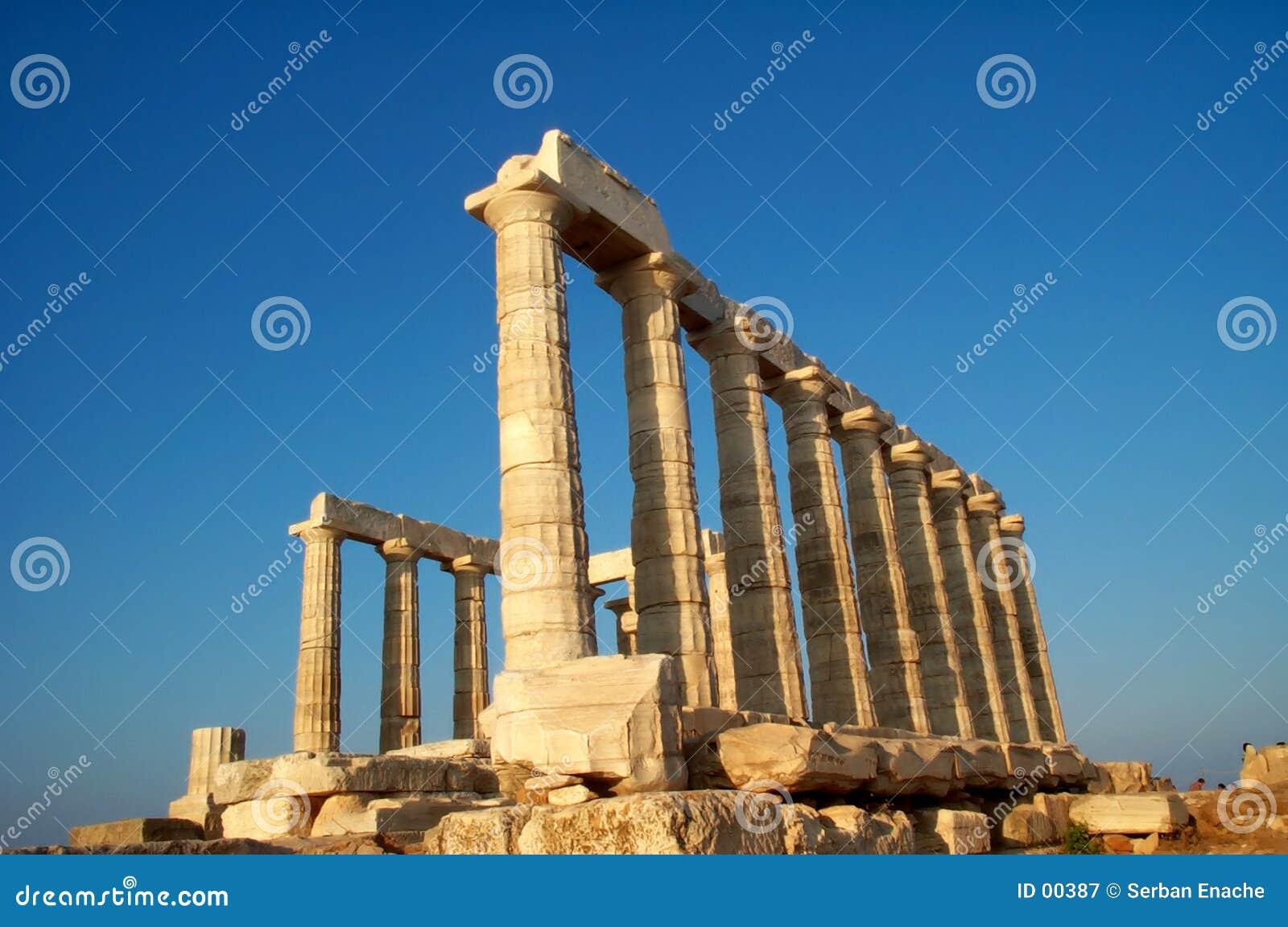 De tempel van Sounion van de kaap
