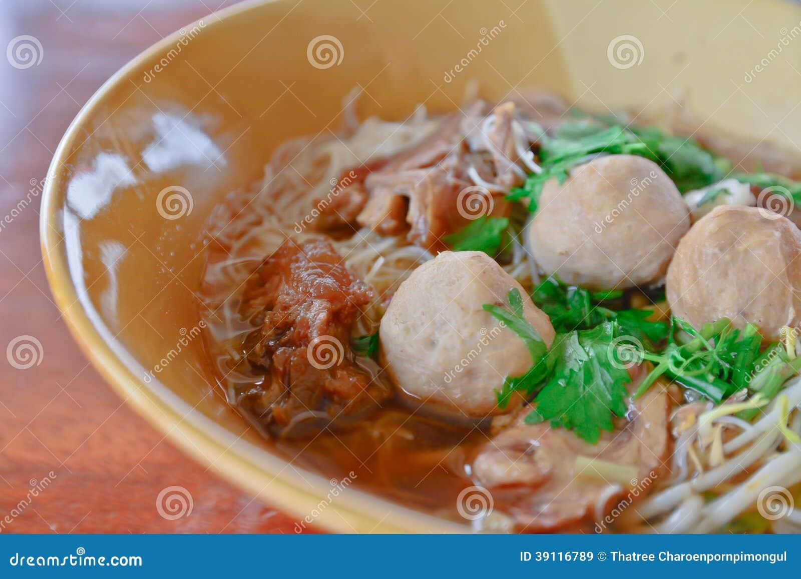 De Thaise noedel van het stijlrundvlees