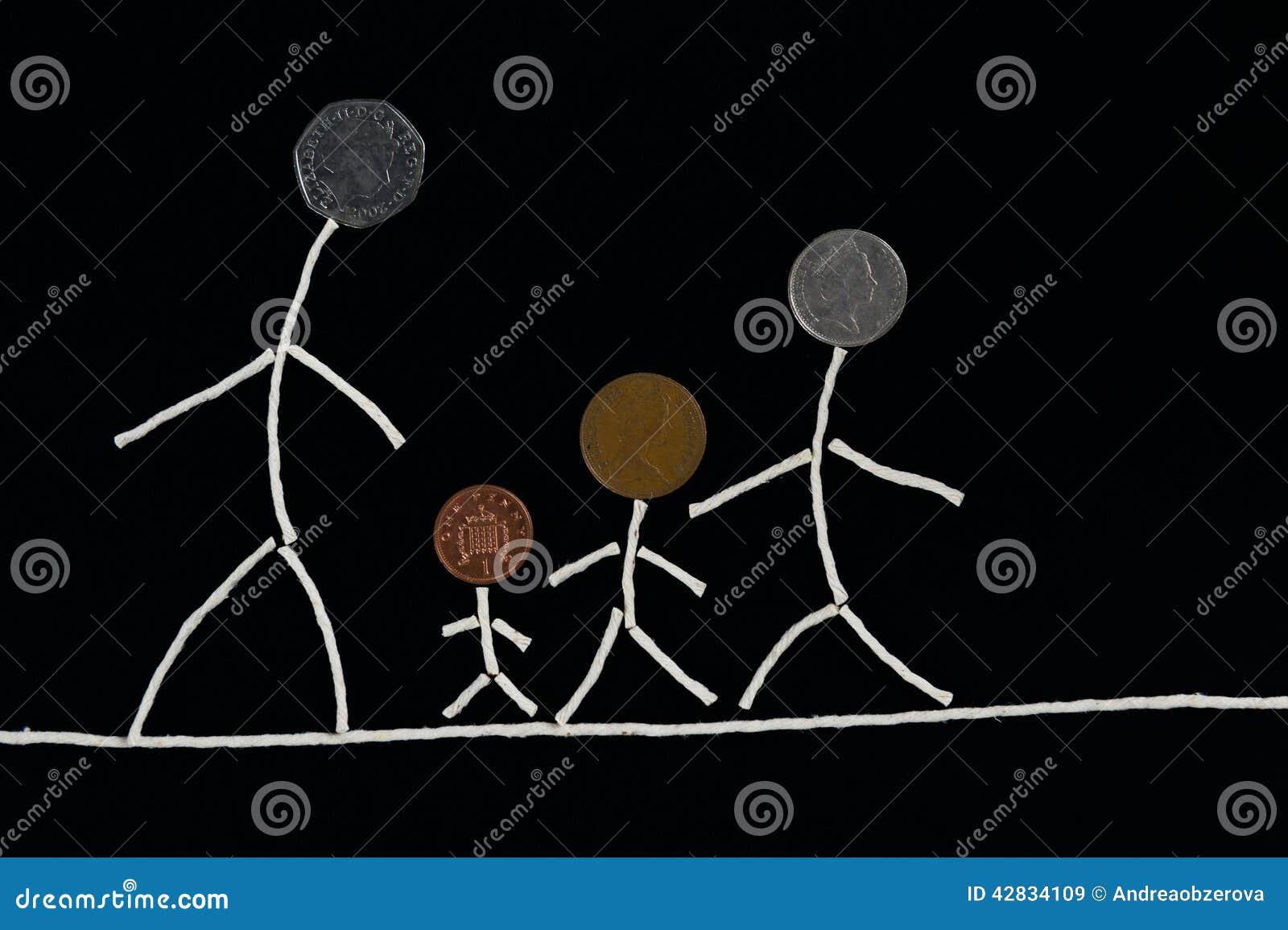 De tijdplezier van de familie openluchtkwaliteit, Gelukkig jong familie het besteden tijd openlucht, ongebruikelijk concept
