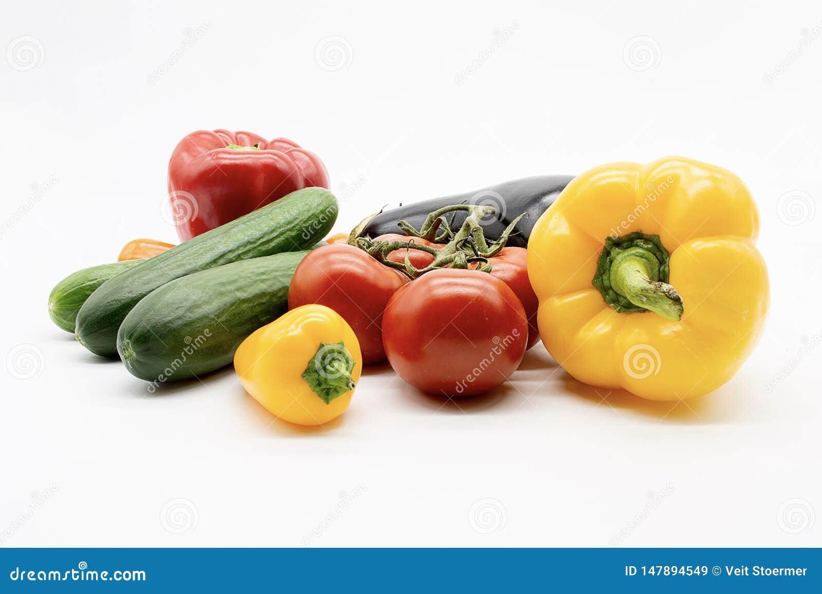 De tomatenaubergine van de paprikakomkommer