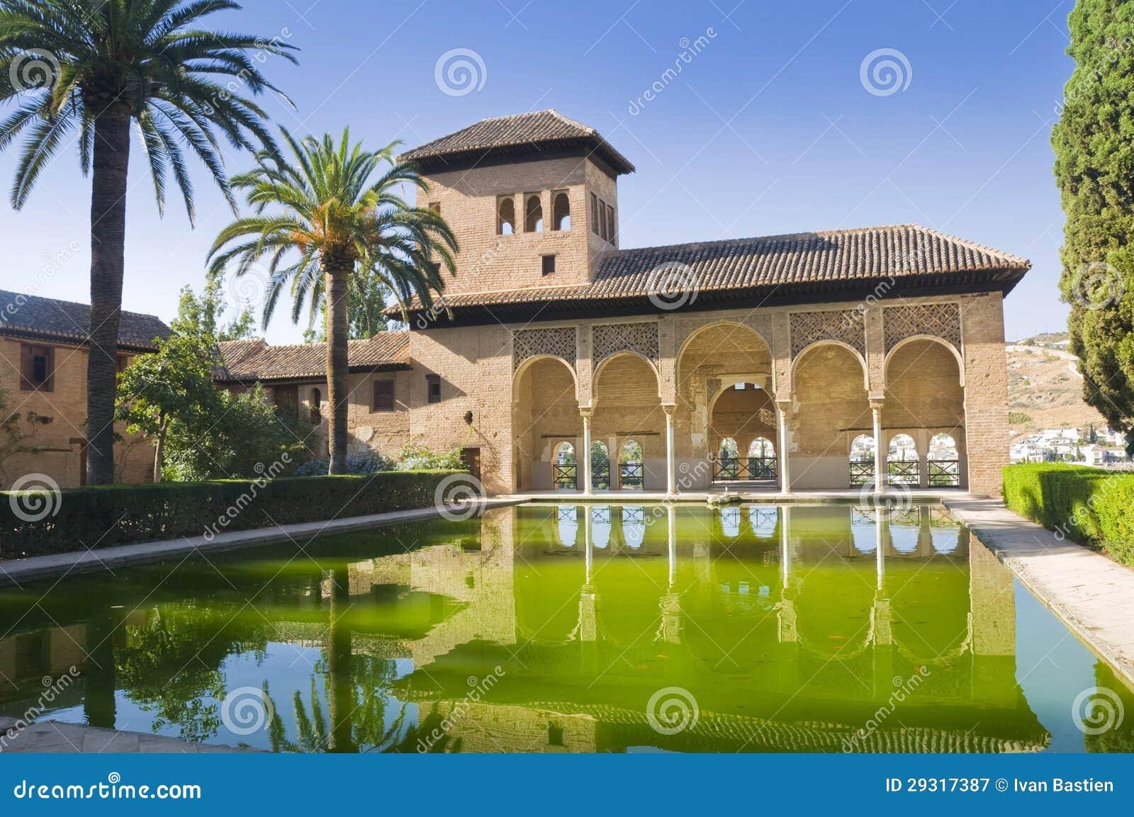 De Toren van dames in Alhambra