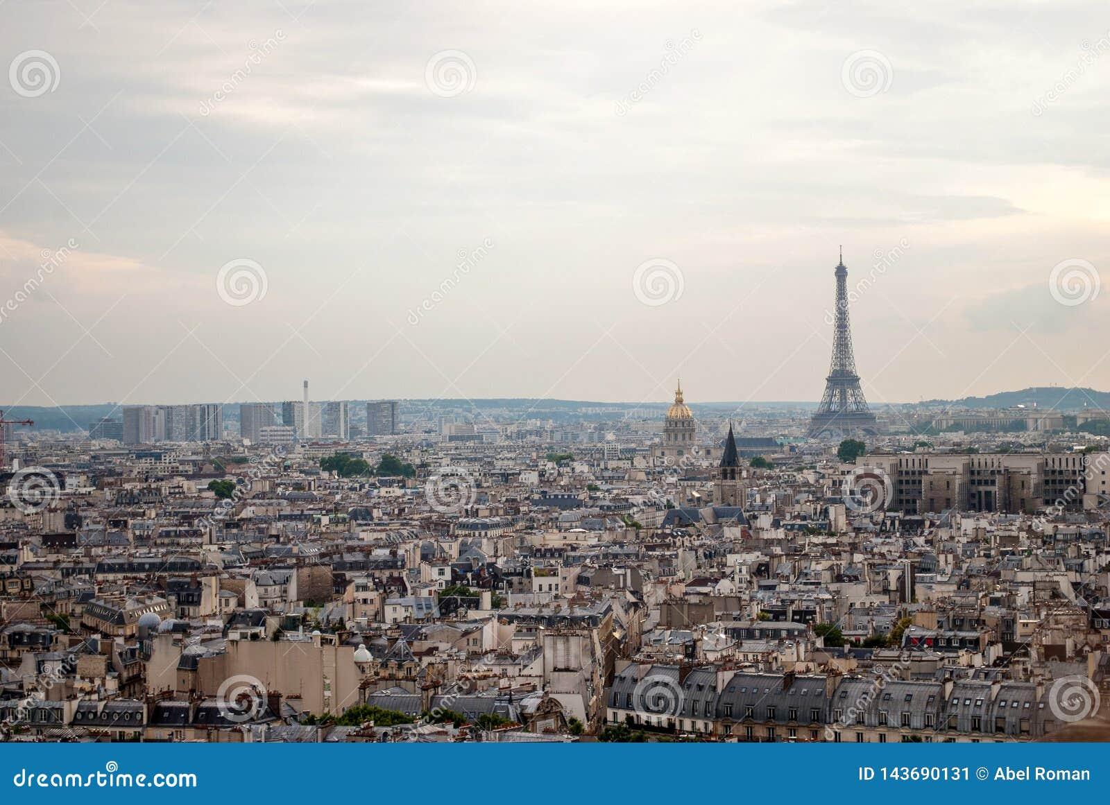 De Toren van Eiffel in Parijs