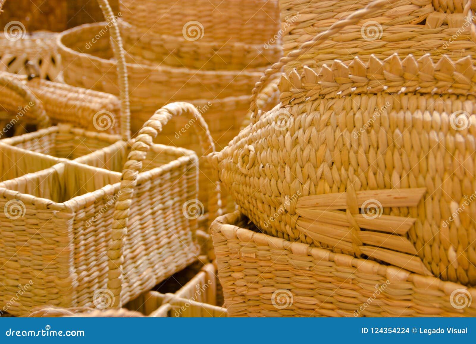 De traditionele cijfers handicrafted van rijs