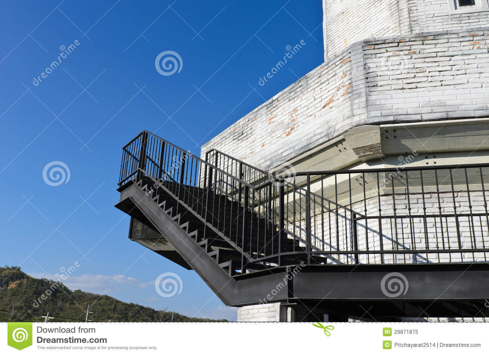 De trap van het staal buiten het gebouw stock afbeelding afbeelding 29871875 - De trap van de bistro ...