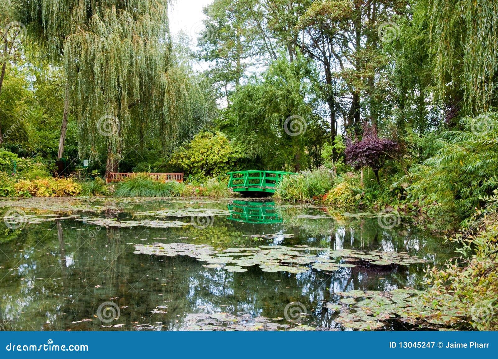 De tuin en de vijver van monet stock afbeelding for Tuin en vijver