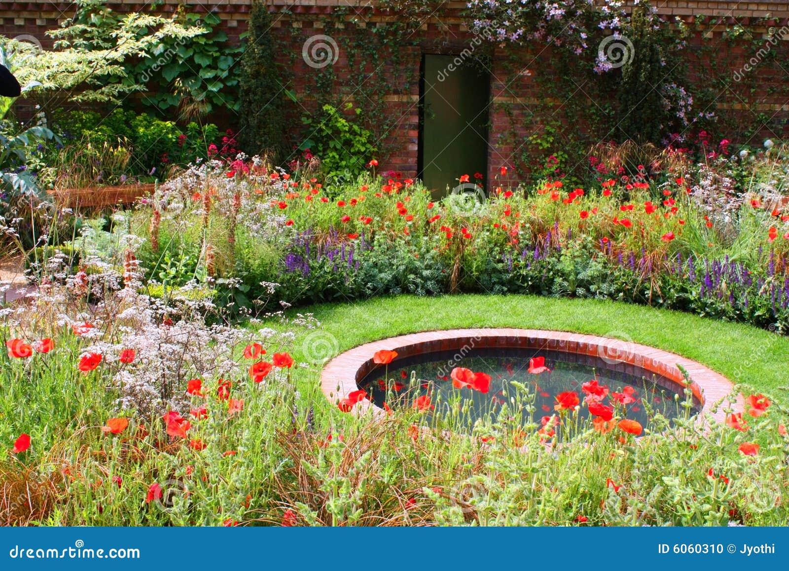 De tuin van de vijver stock foto beeld 6060310 - Foto van tuin vijver ...