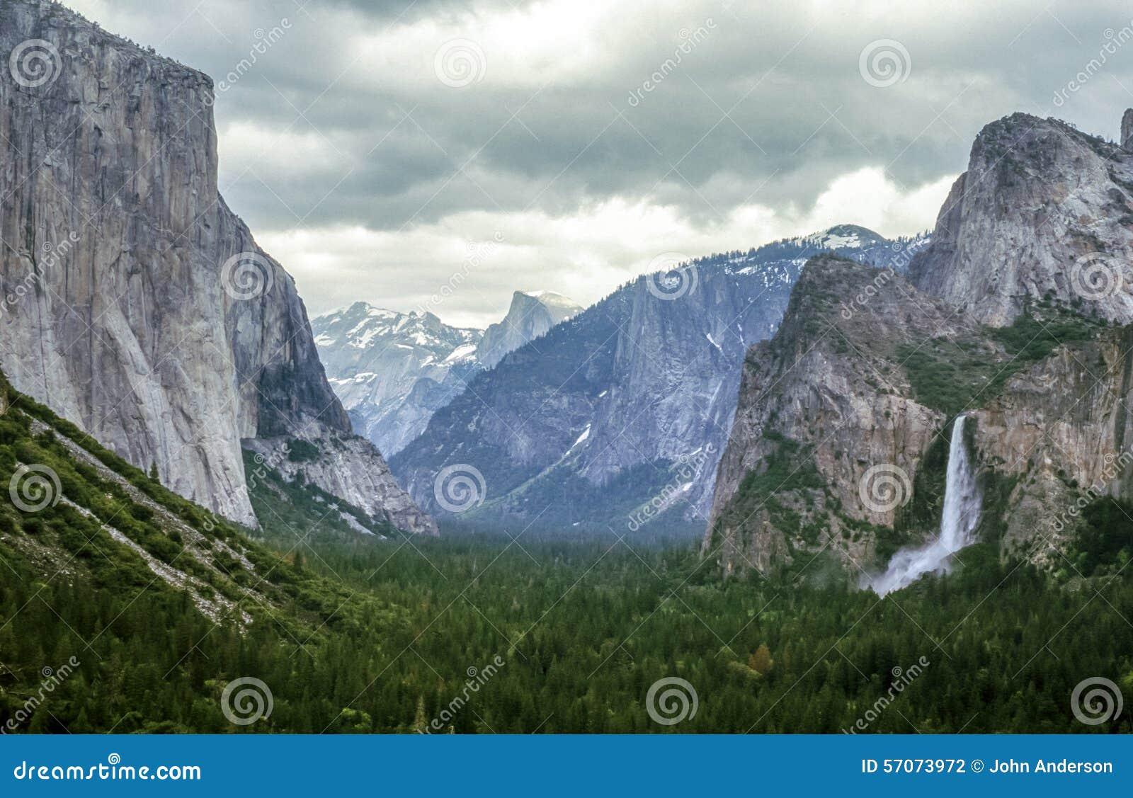 De tunnelmening van het Yosemite Nationale Park