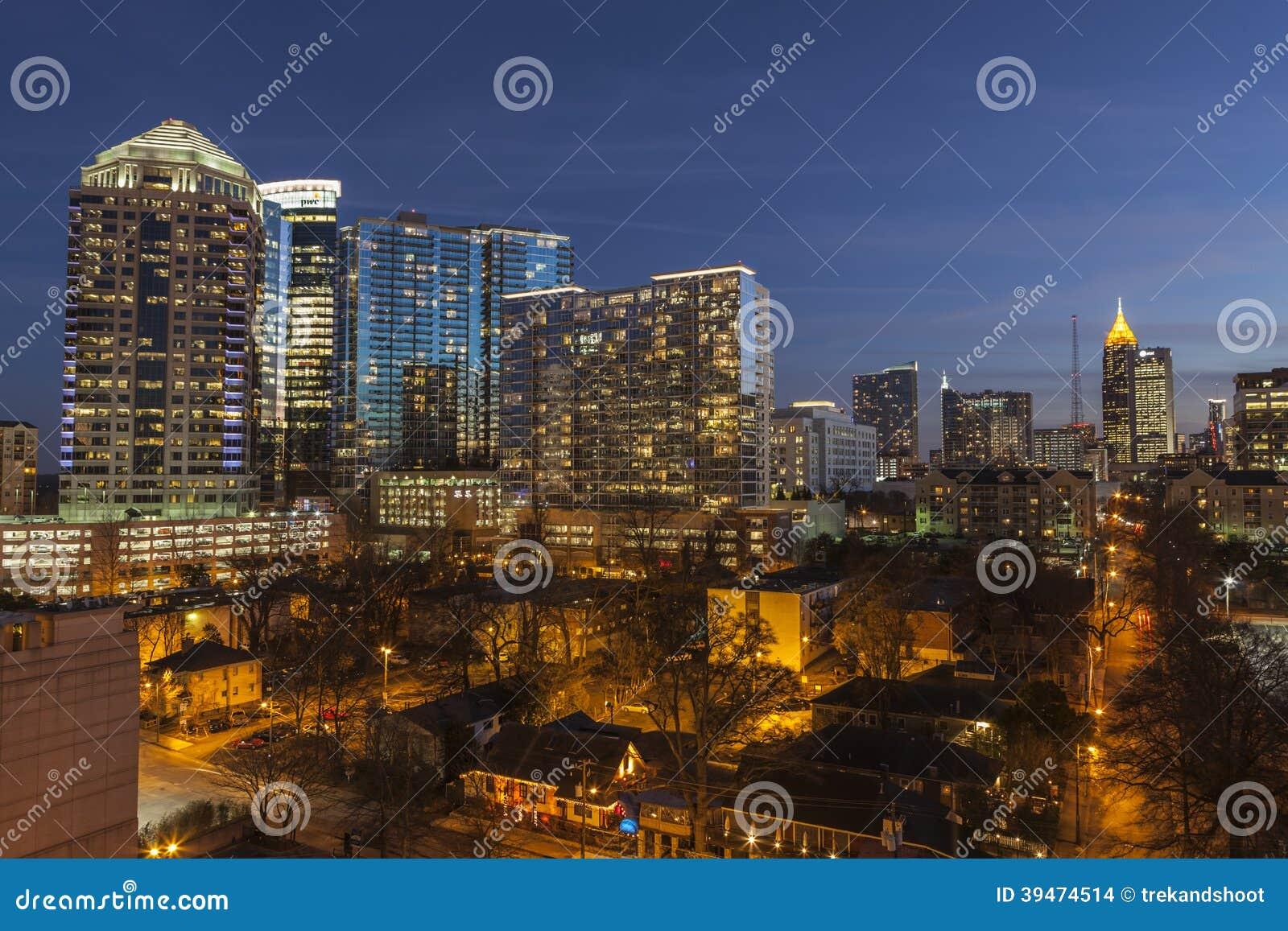 De uit het stadscentrum Schemer van Atlanta