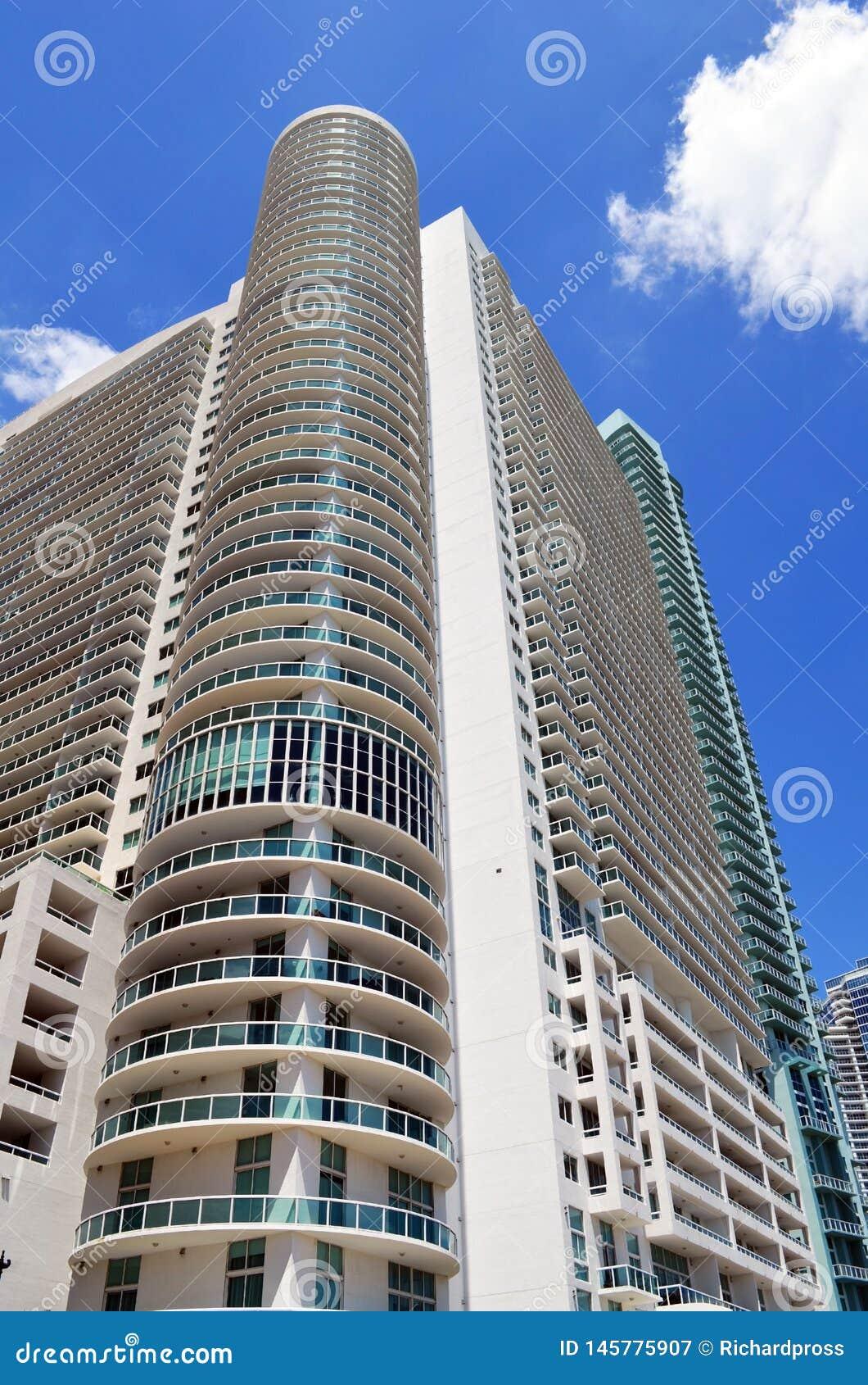 De ultra moderne torens van de huurflat in Miami van de binnenstad, Florida