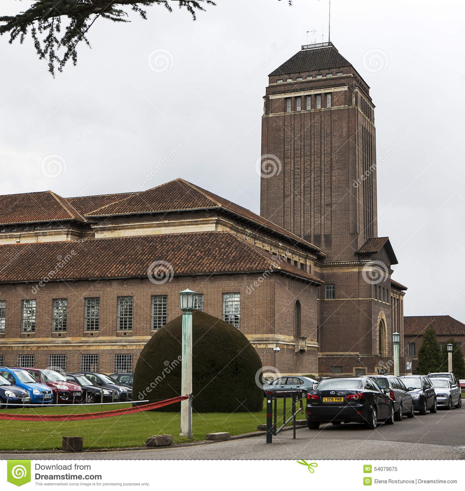 De Universitaire Bibliotheek van symmetriecambridge