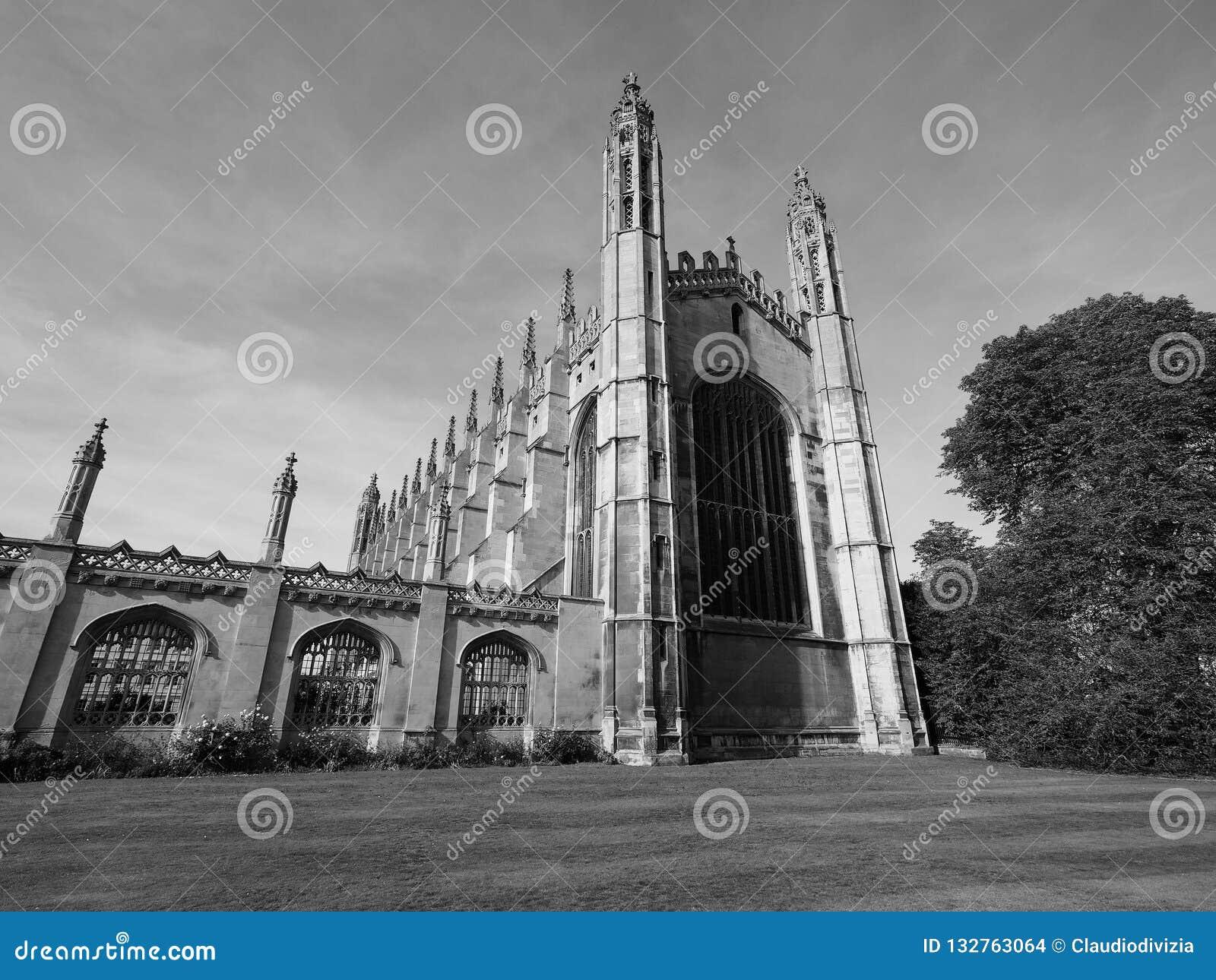 De Universiteit van de koning in Cambridge in zwart-wit