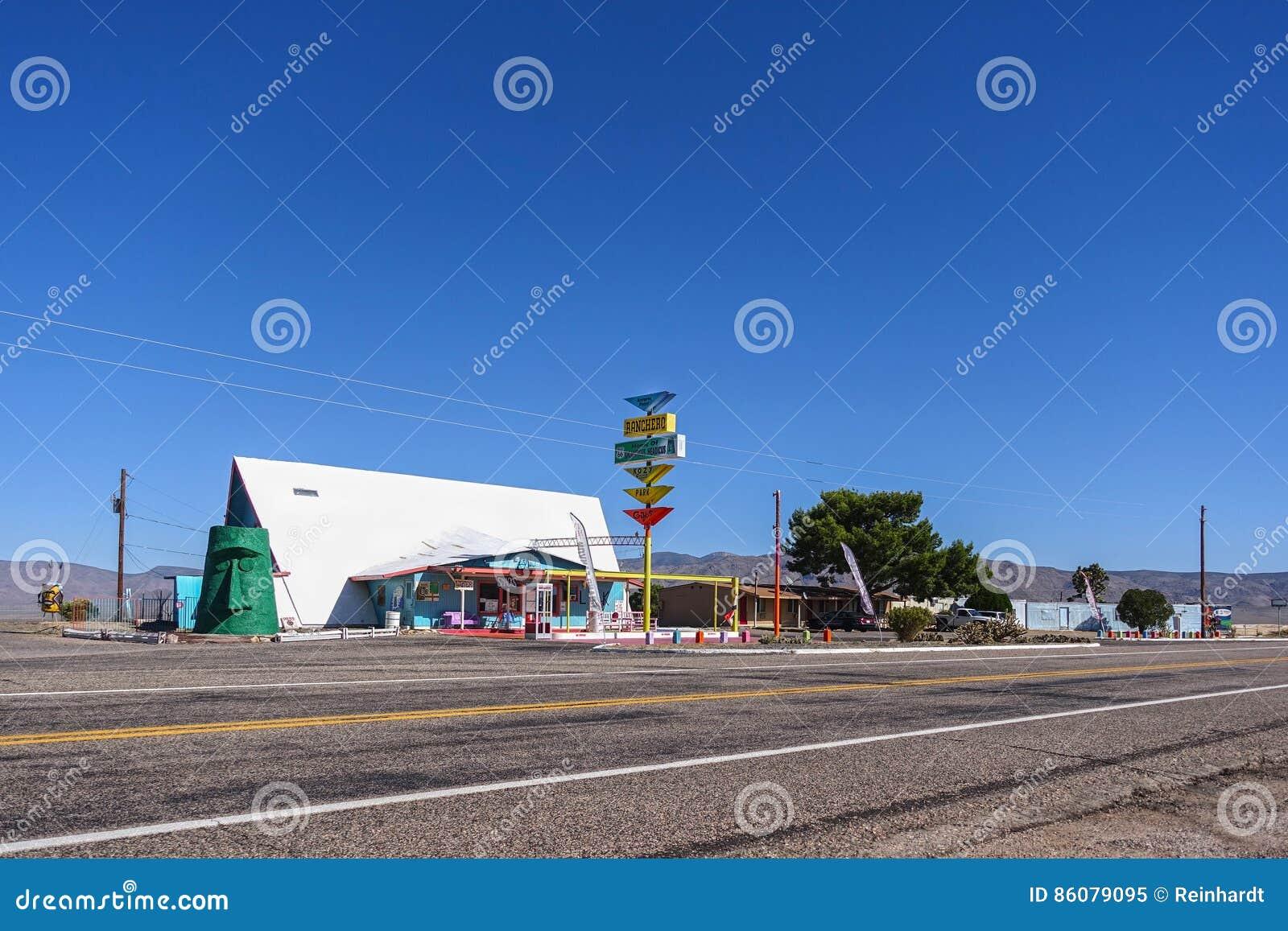 De V.S. 4233-16 Route 66, Ranchero-Motel