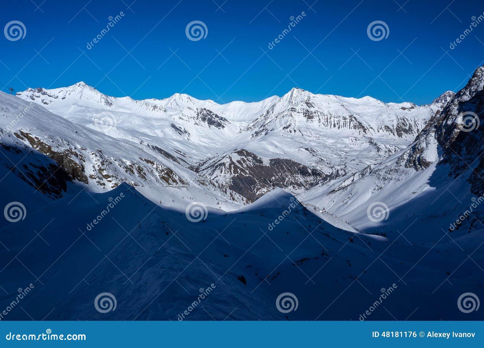 De vallei in Ernstig La Meije van La