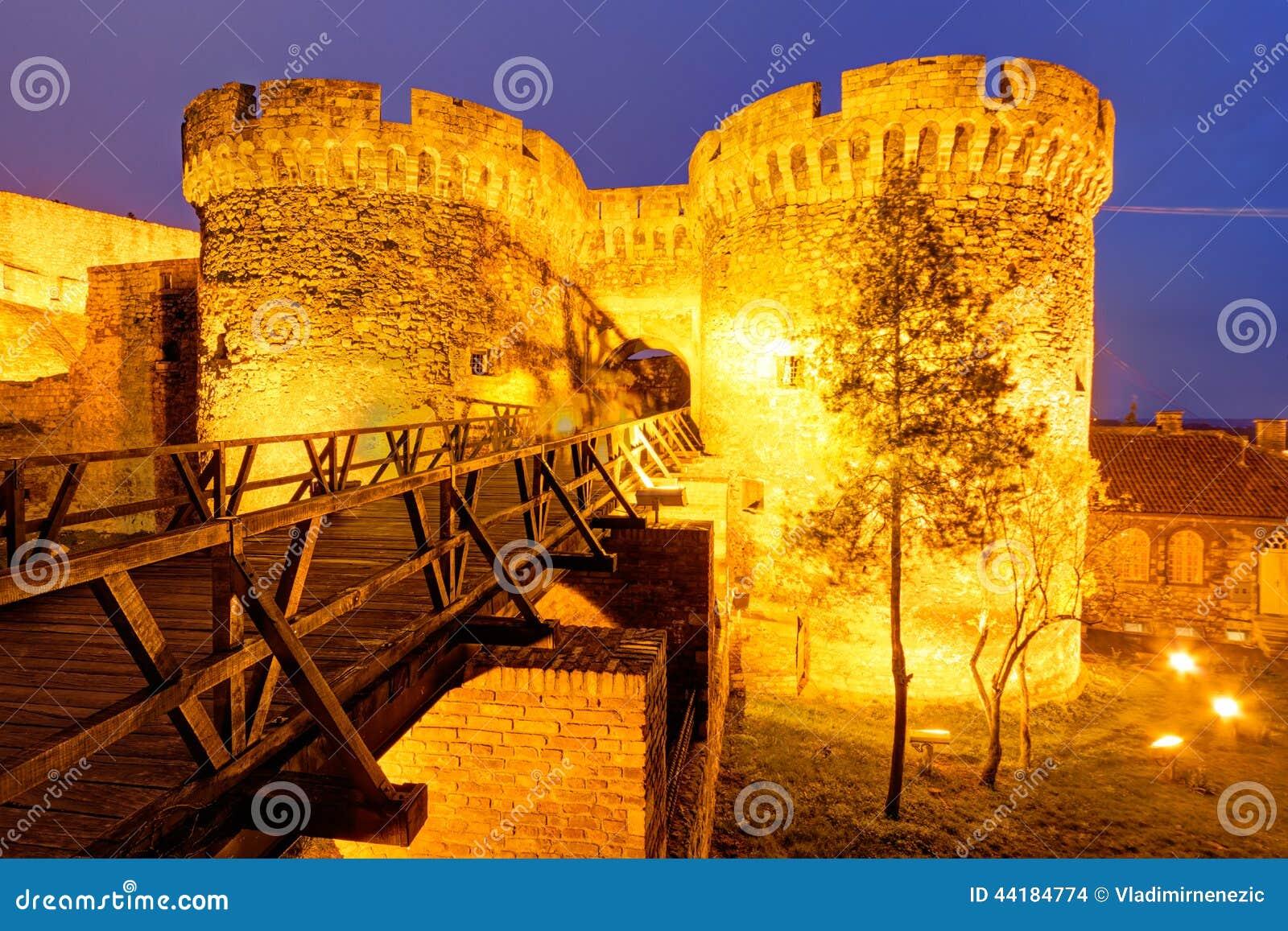 De vesting van Belgrado en Kalemegdan-park