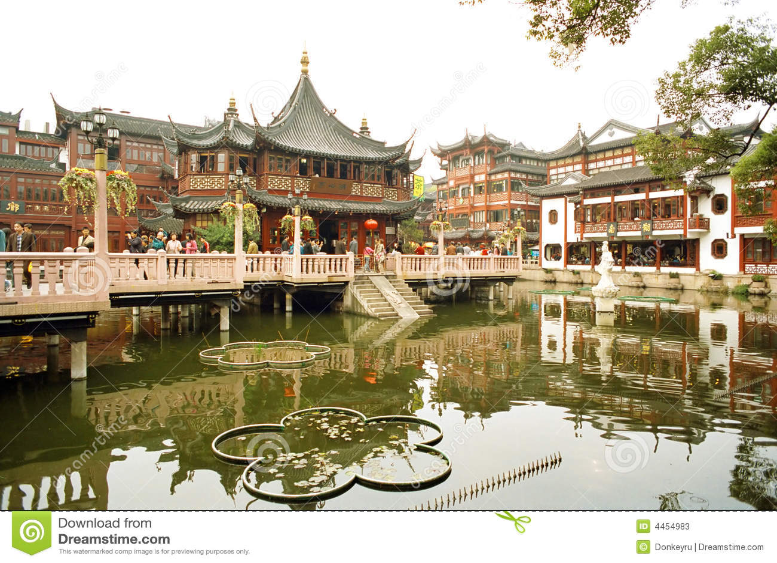 De vieux le temple Dieu de ville à Changhaï
