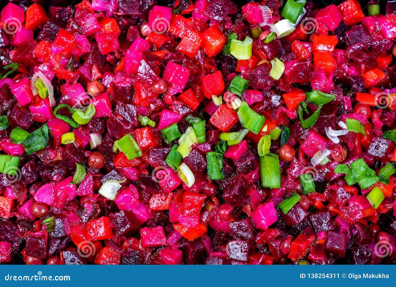 De vinaigrette Russisch traditioneel voedsel van de bieten rood salade