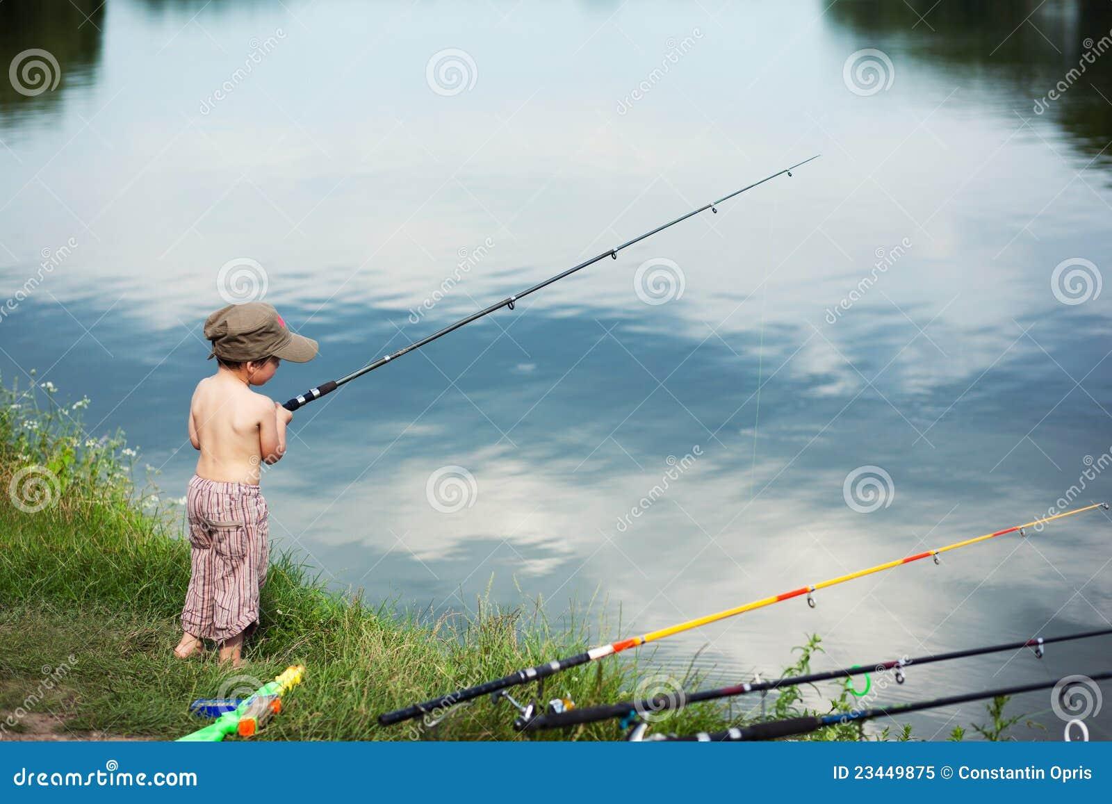 De visserij van de jongen