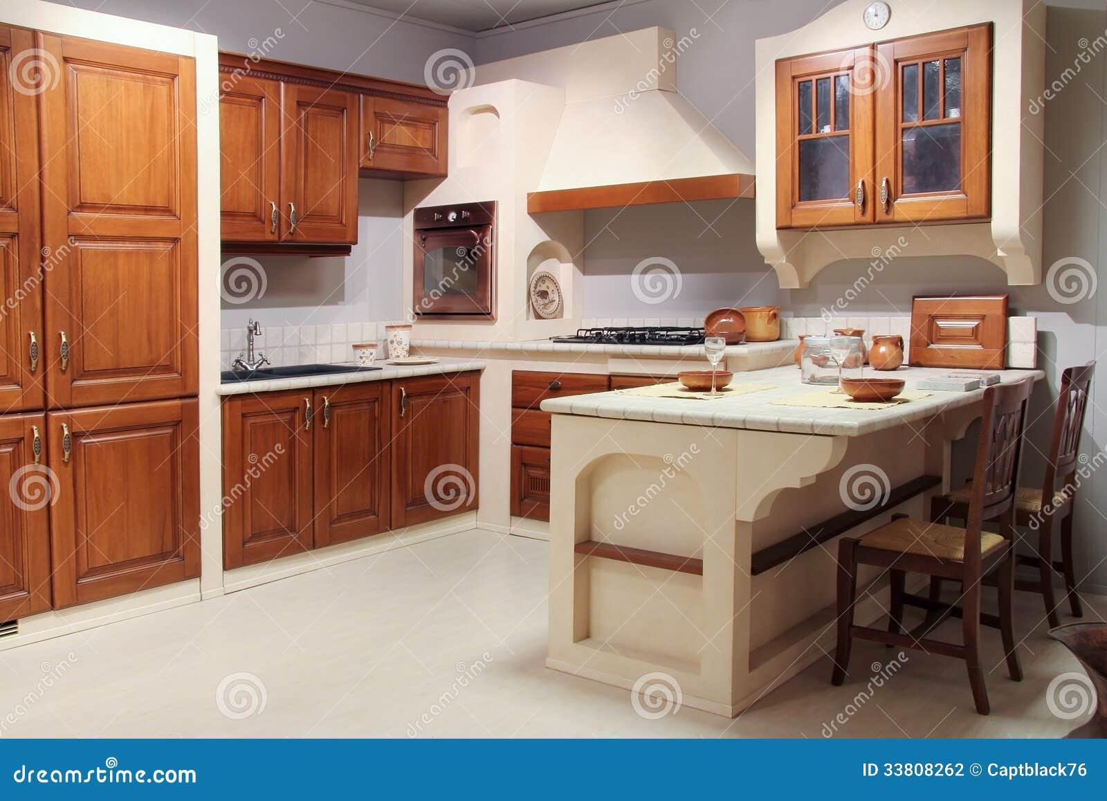 De Vista Completa De Uma Cozinha De Madeira Cl Ssica Foto De Stock
